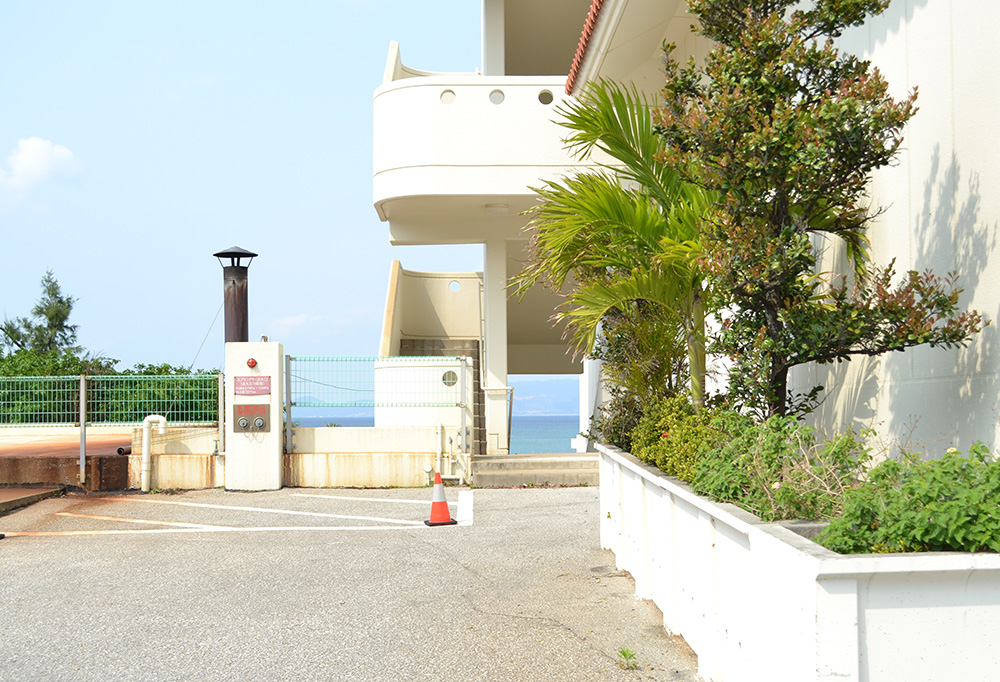 3. Go down the stairs on the left of the building and you will see the beach